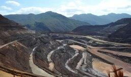 A Secretaria de Estado de Meio Ambiente e Desenvolvimento Sustentável de Minas Gerais (Semad) informou que foram aprovadas nesta segunda-feira a Licença Prévia (LP) e a Licença de Instalação (LI) do Sistema de Disposição de Rejeitos Cava Alegria Sul, da mineradora Samarco, em Mariana (MG).